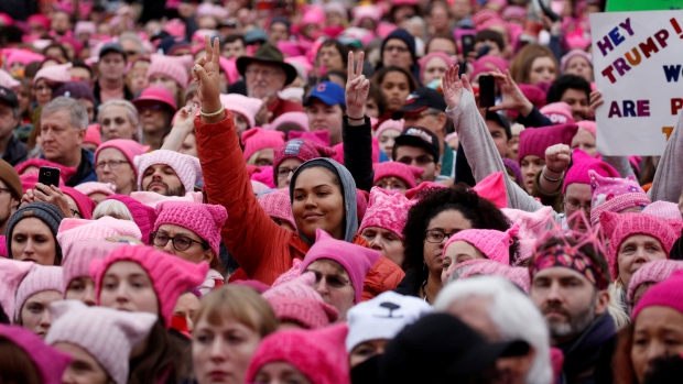Pink-hatted crowd in Washington